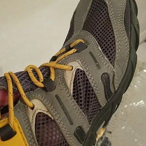 Merrell Shoes - Merrell shoes Size 9!